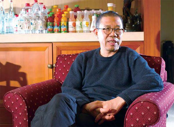 Bottled Water Seller Becomes China Richest Man