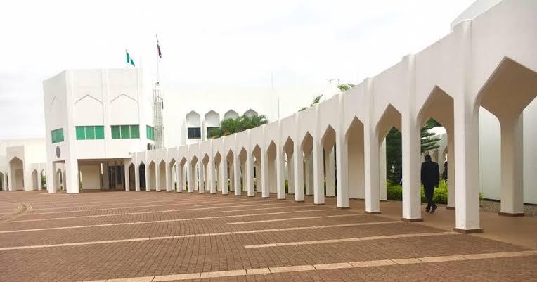 Insecurity: Armed Men Attack Presidential Villa