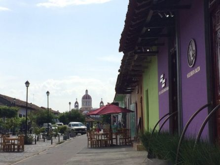 granada nicaragua walking street