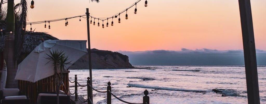 hotel poseidon manta sunset