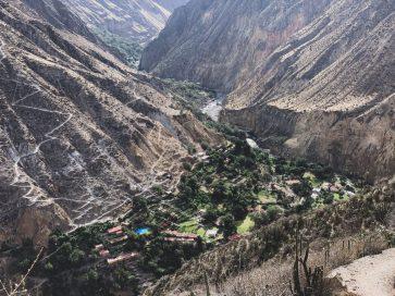 colca canyon 2 day trek guide
