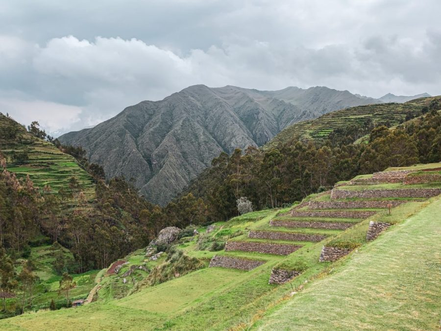 hike chinchero to urquillos cusco peru