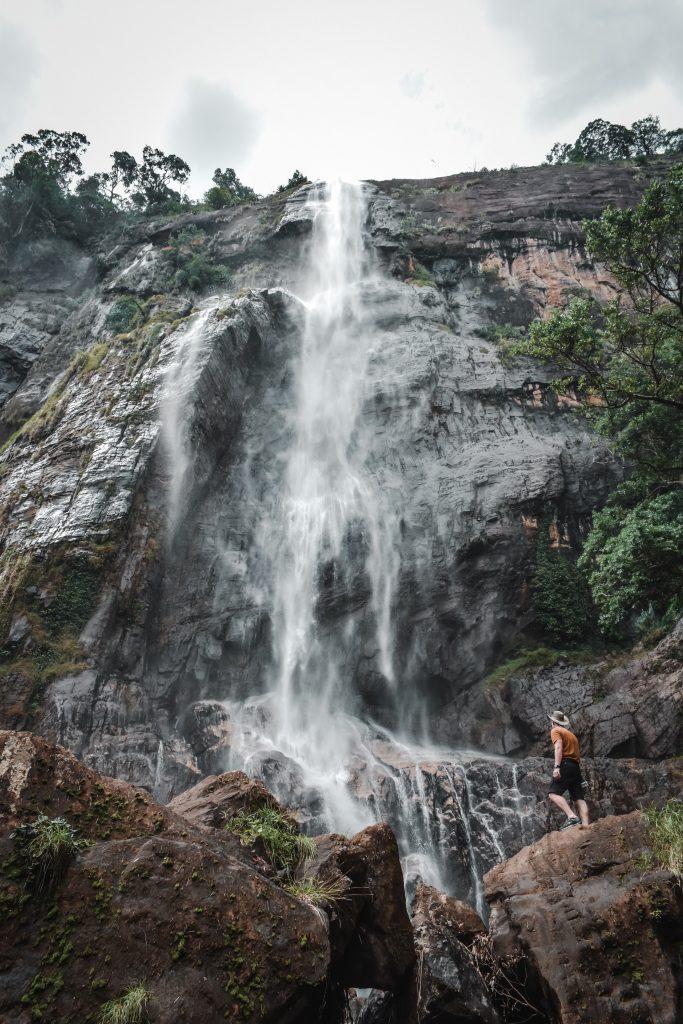 diyaluma falls ella sri lanka