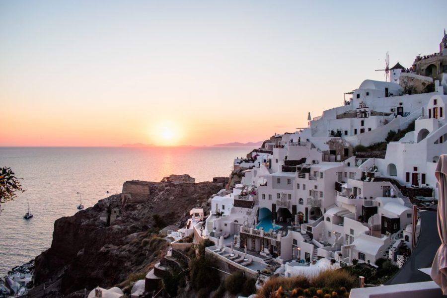 santorini sunset oia greece