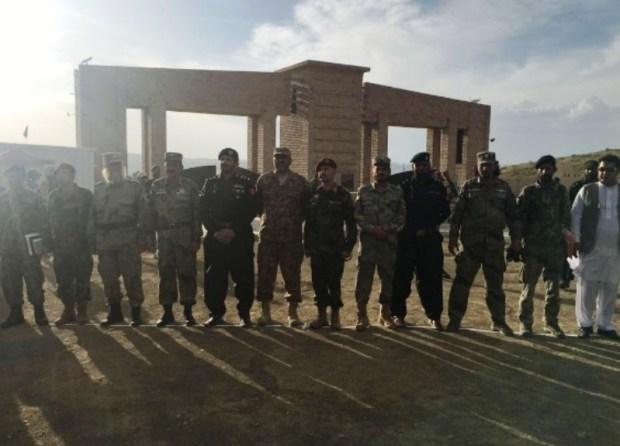 Pakistan-hand-over-Angoor-Adda-to-Afghan-forces