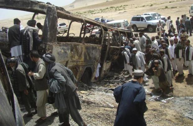 traffic-accident-kabul-kandahar-highway