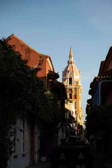 calle de la iglesia