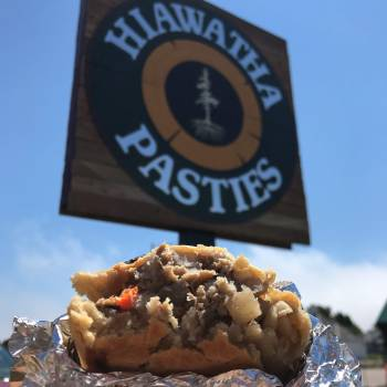 pasty, pasty review, pasties, pasty guy, hiawatha pasties