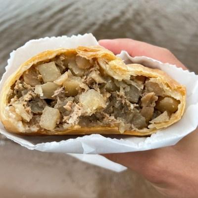 pasty, pasty review, pasties, pasty guy, pasty trail, antonios, iron mountain, upper peninsula