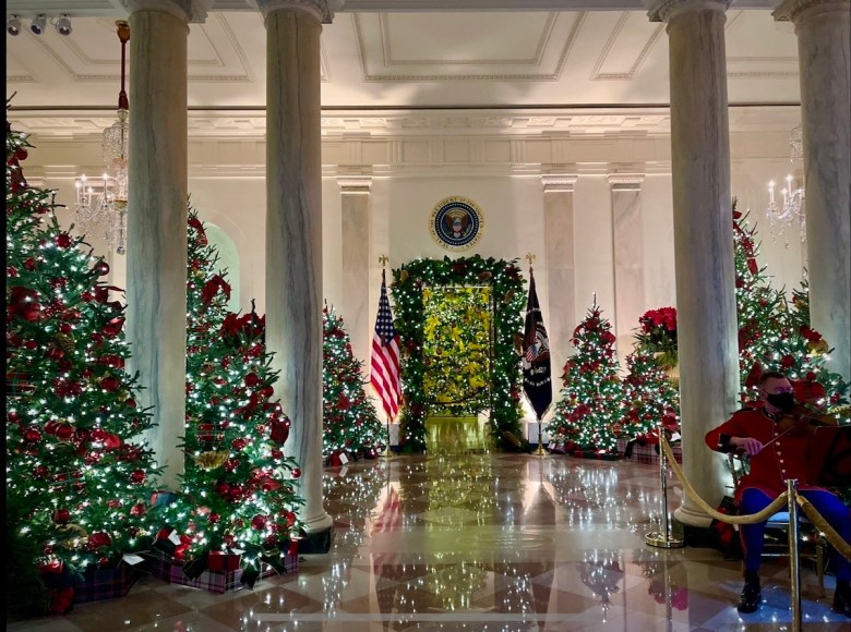 Grand Foyer where the classical orchestra plays the Christmas songs  ( Photo by William Moon)