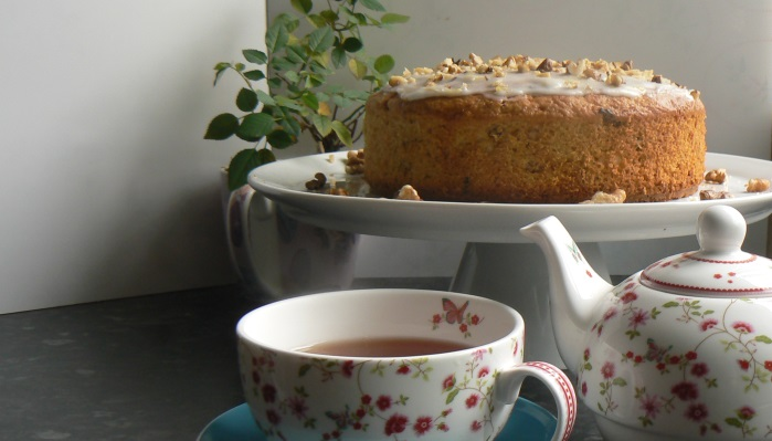 Organic Carrot and Apple Cake (Organic Your September)