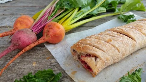 Beetroot & Mint Vegan Sausage Rolls, perfect for picnics and lunchboxes alike! Crispy gluten free pastry stuffed with a tasty beetroot quinoa vegan 'sausage' mix.  This pretty pink filling is flavoured with beets, vegan feta cheese and fresh mint but can be altered however you like.  These pretty vegan beetroot parcels are completely Top14 free and thanks to ready made pastry, a speedy option for any occasion!