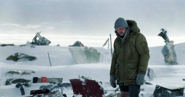 THE GREY Video Interviews Joe Carnahan & Liam Neeson