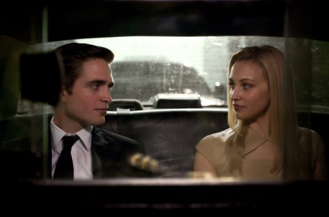 (NSFW)Broody Robert Pattinson Goes Loco In David Cronenburg COSMOPOLIS Teaser
