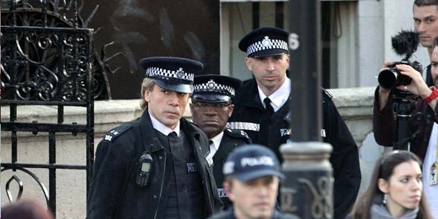 'Ello 'Ello 'Ello What Do Have Here Then ? A First Look At Javier Bardem in SKYFALL