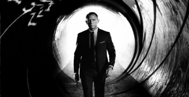 A Costumes of JAMES BOND In New SKYFALL Video Blog