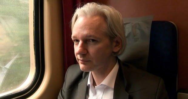 EIFF 2013: Watch The We Steal Secrets:Story Of WikiLeaks Trailer