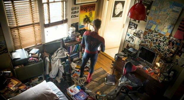 amazing-spiderman2-peter-parker-bedroom