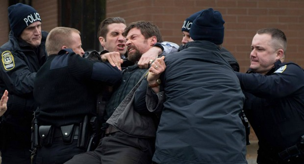 Blu-ray Review – Prisoners (2013)