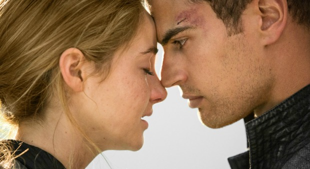 Win Divergent On Blu-ray