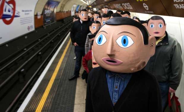 Anarchy In London As Frank Invades London Flash Mob Style