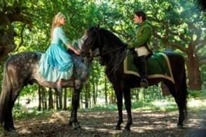 Full length trailer for Disney's live action Cinderella