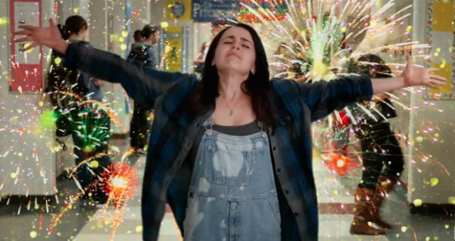 DVD Review – The Duff (2015)