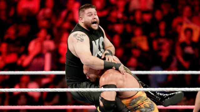 hell-in-a-cell-Owens-Ryback