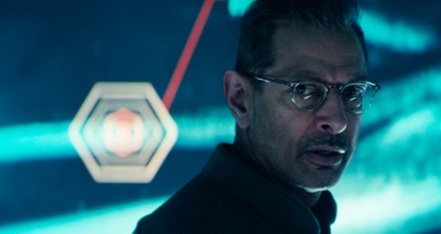 Independence Day: Resurgence First Trailer! There Back!