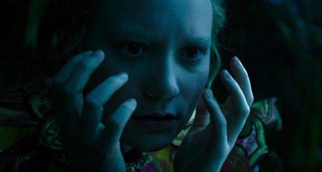 Film Review – Alice Through The Looking Glass (2016)