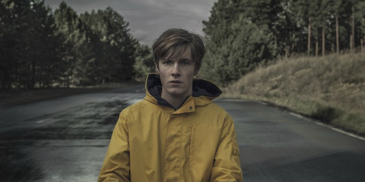 Watch Netflix's Dark Trailer But Is It The 'German Stranger Things'?
