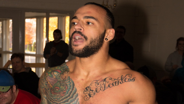 Ricochet Signs With WWE