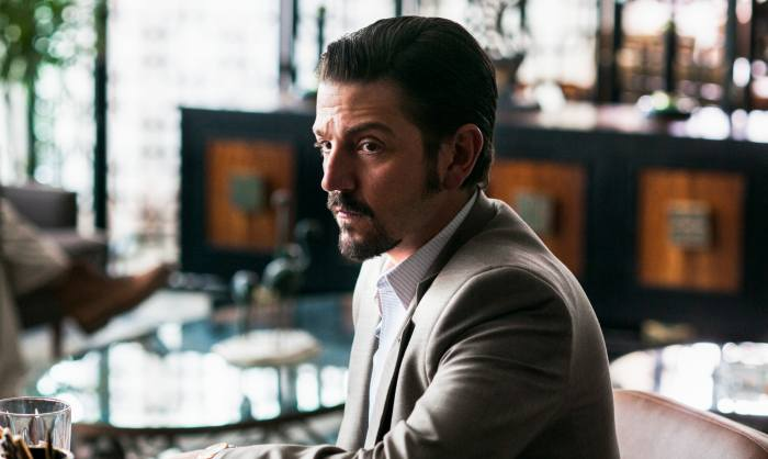'mano a mano' Things Get Intense In New Narcos: Mexico Clip
