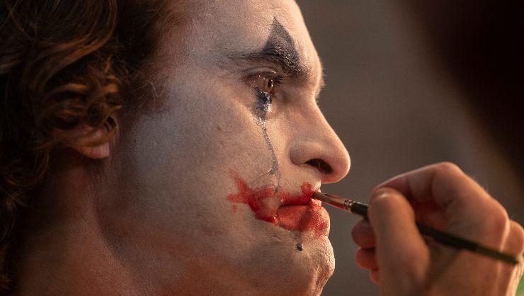 The Joker Final Trailer Teases A Tragic Gritty Character Study