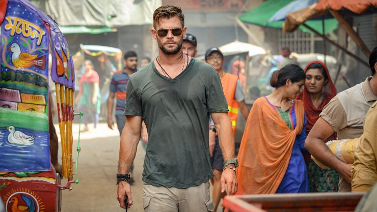 First Look At Chris Hemsworth In Netflix Film Extraction