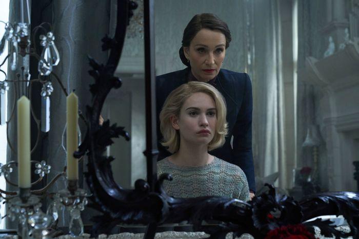 Netflix Review – Rebecca (2020)