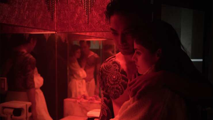 Alexandra Daddario Is 'Lost' In Love Girls And Love Hotels UK Trailer