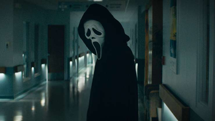 You like Scary Movies? Watch First Trailer For Scream!
