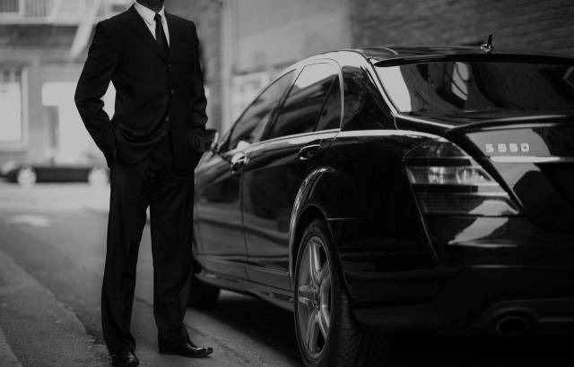 Chauffeur Melbourne – Easy and Convenient Way to Travel in Style