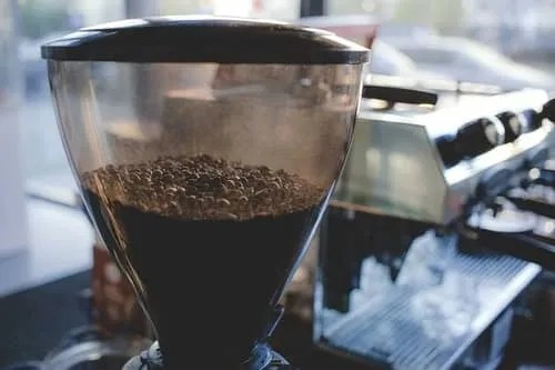 how to clean the hopper in a coffee machine