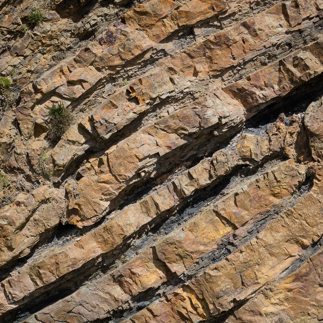 Diagonal strata near Cambeak, Cornwall.