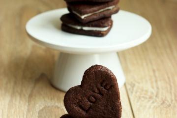 Homemade Oreo Love Cookies by The Petite Cook