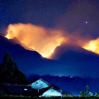 ~Misteri Gunung Lawu & 'Foto Penampakan'~