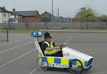 cops-england
