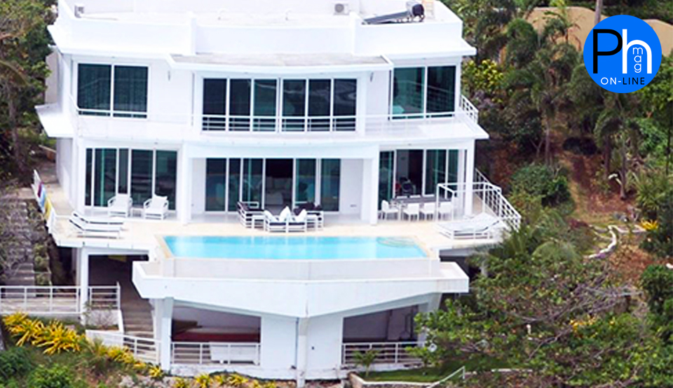 The Miami White Villa