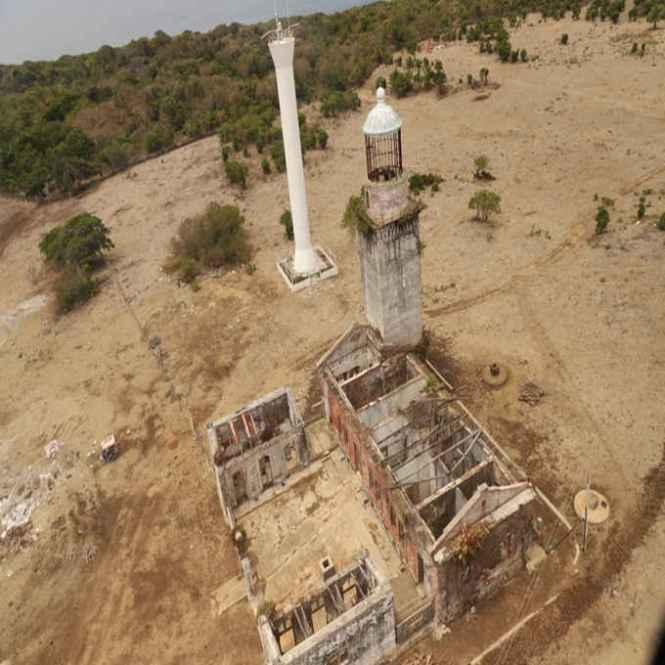 cabra island lighthouse