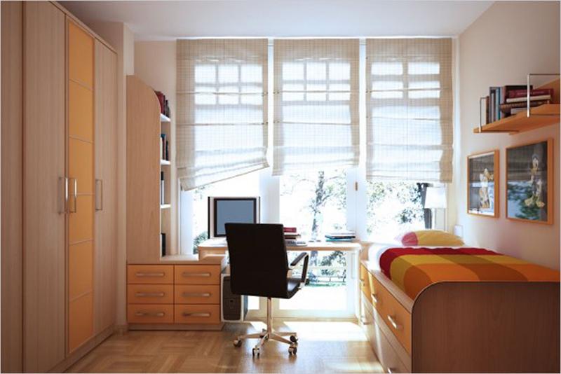 Các vật dụng có màu vàng như tủ, giá sách đã khiến cho căn phòng ấm áp hơn