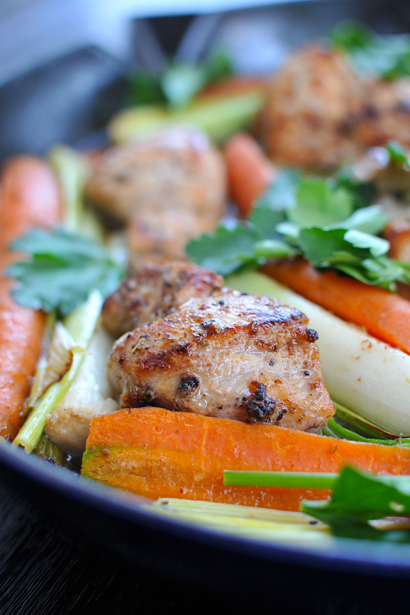 25-Minute Skillet Chicken w/ Carrots & Leeks {gluten-free}   the pig & quill