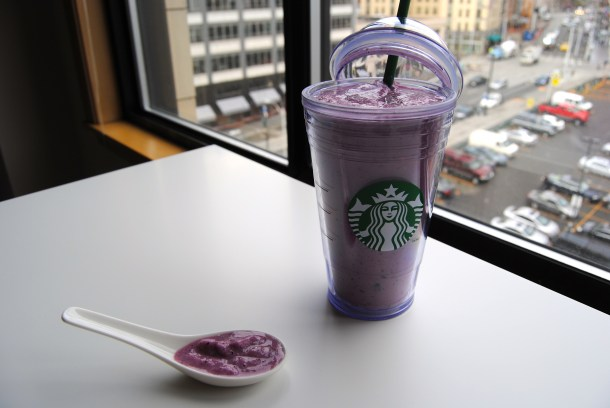 Mango Blueberry Oatmeal Smoothie 2