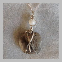 STERLING-SILVER-WRAPPED-STONE-NECKLACE-CONTEMPORARY